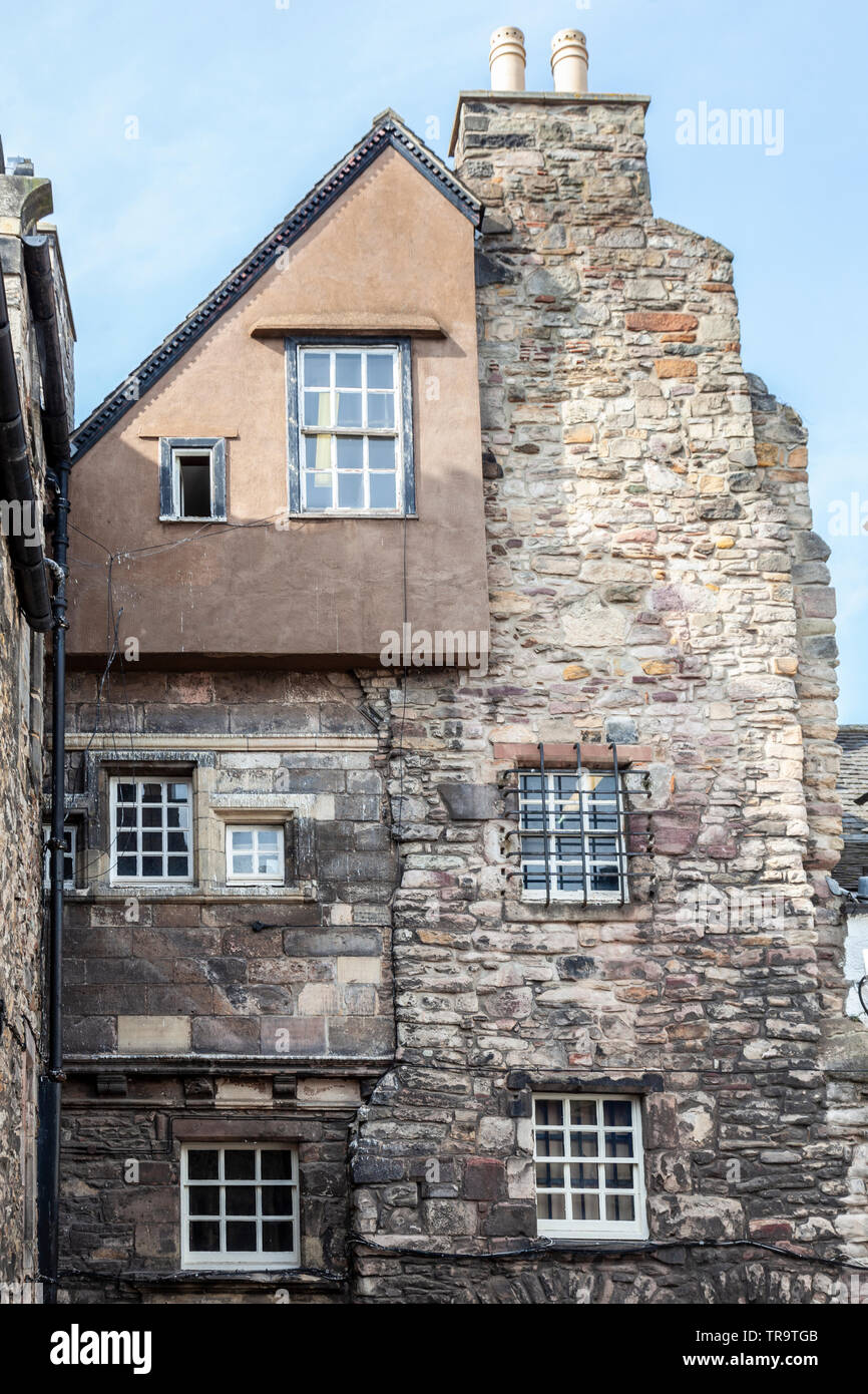 Part of Bakehouse Close, a historic close off the Royal Mile in central Edinburgh, Scotland. It was a location used in the TV series Outlander. - Stock Image