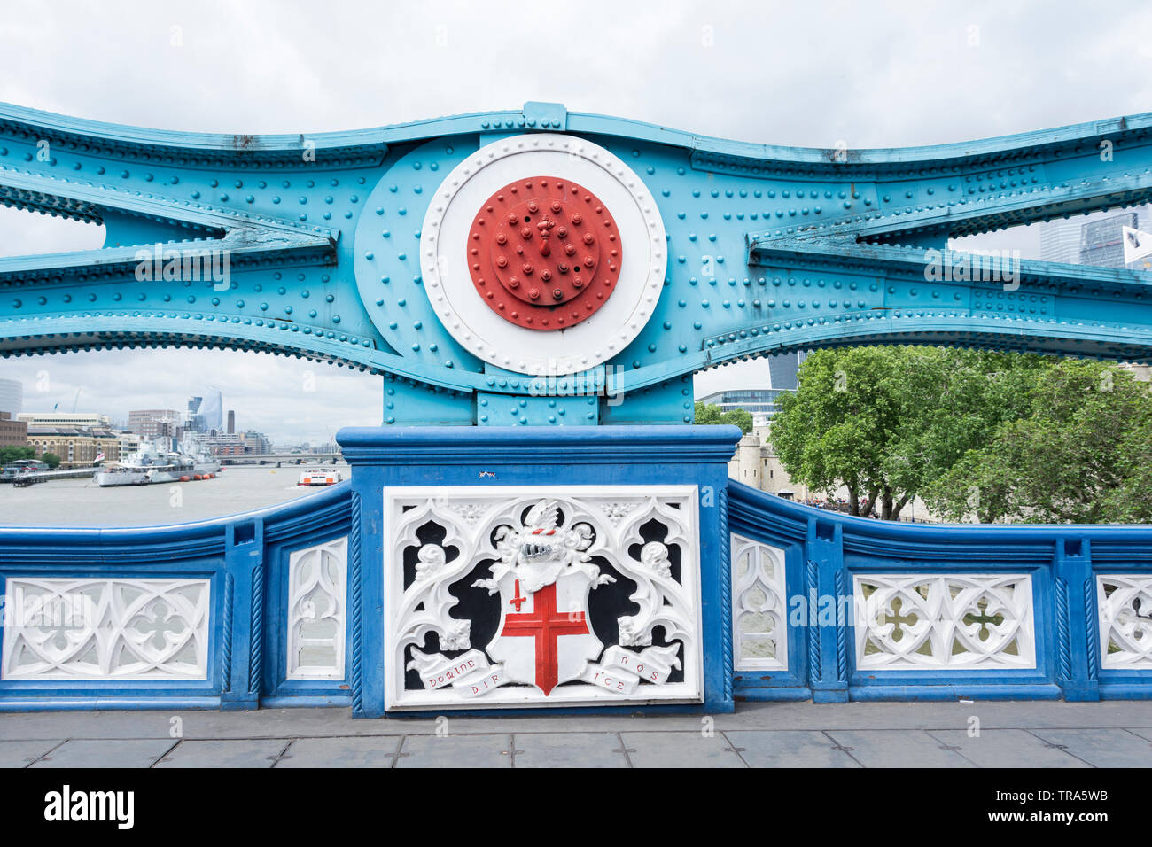 Close-up view of Wrought Iron and Rivet Detail on Tower Bridge, London, UK - Stock Image