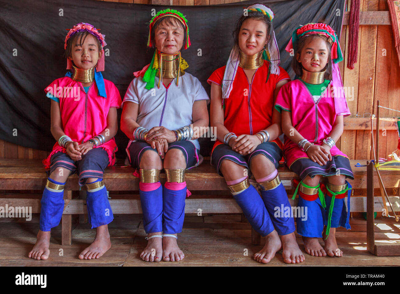 Kayan Lahwi mother with her three daughters Stock Photo