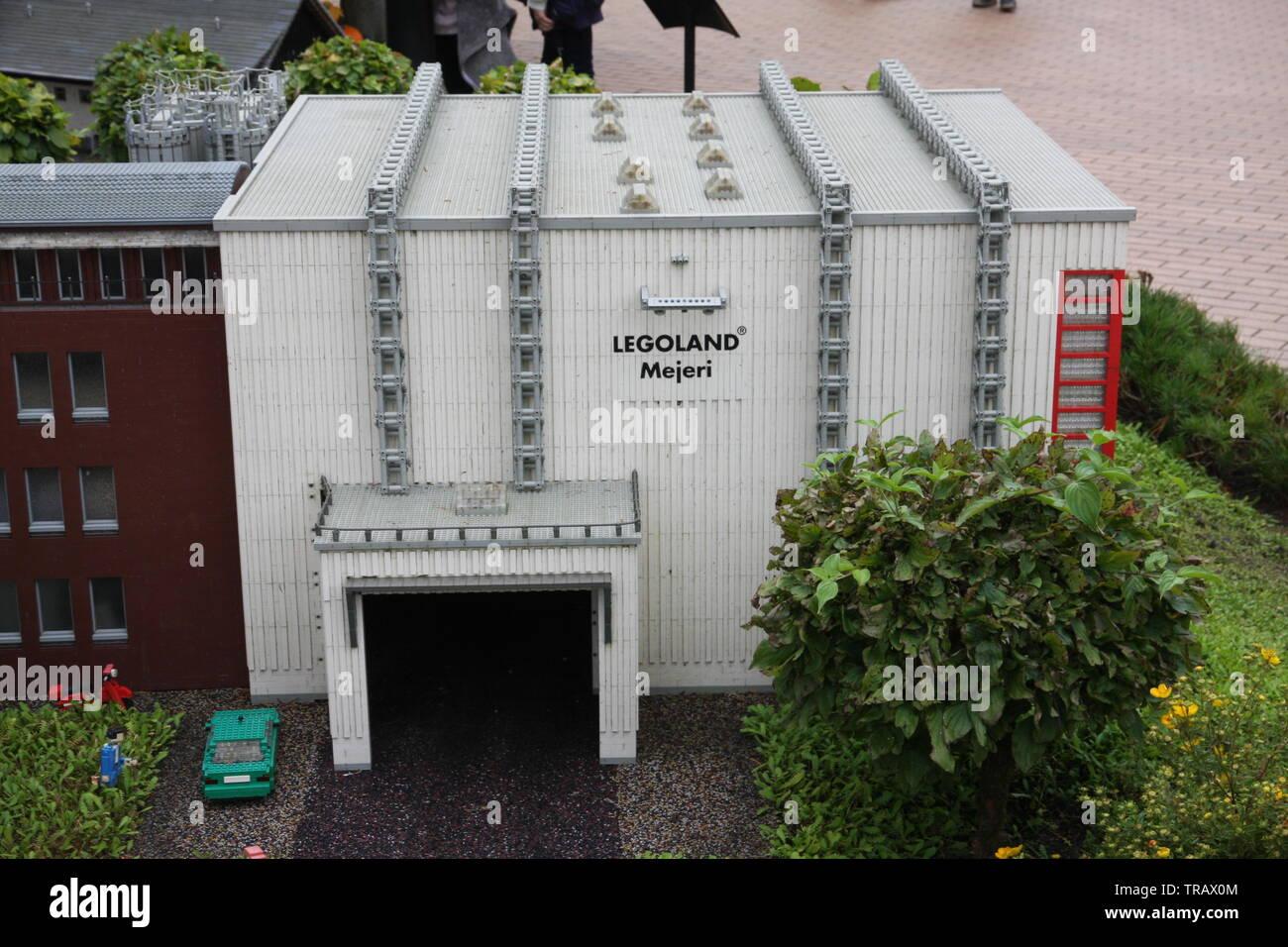 Lego House Houses Stock Photos & Lego House Houses Stock Images - Alamy