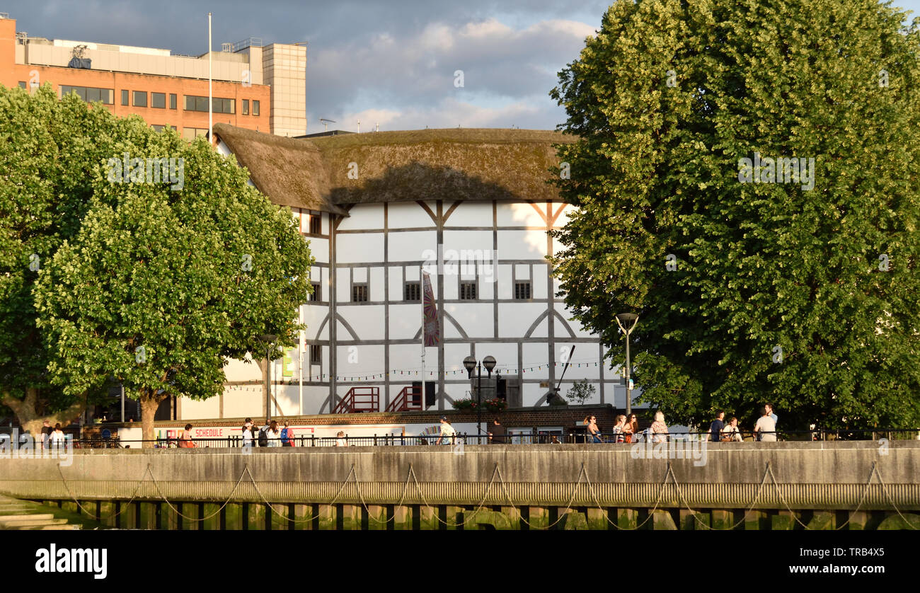 Shakespeare's Globe Theatre taken from a Thames Clipper - Stock Image