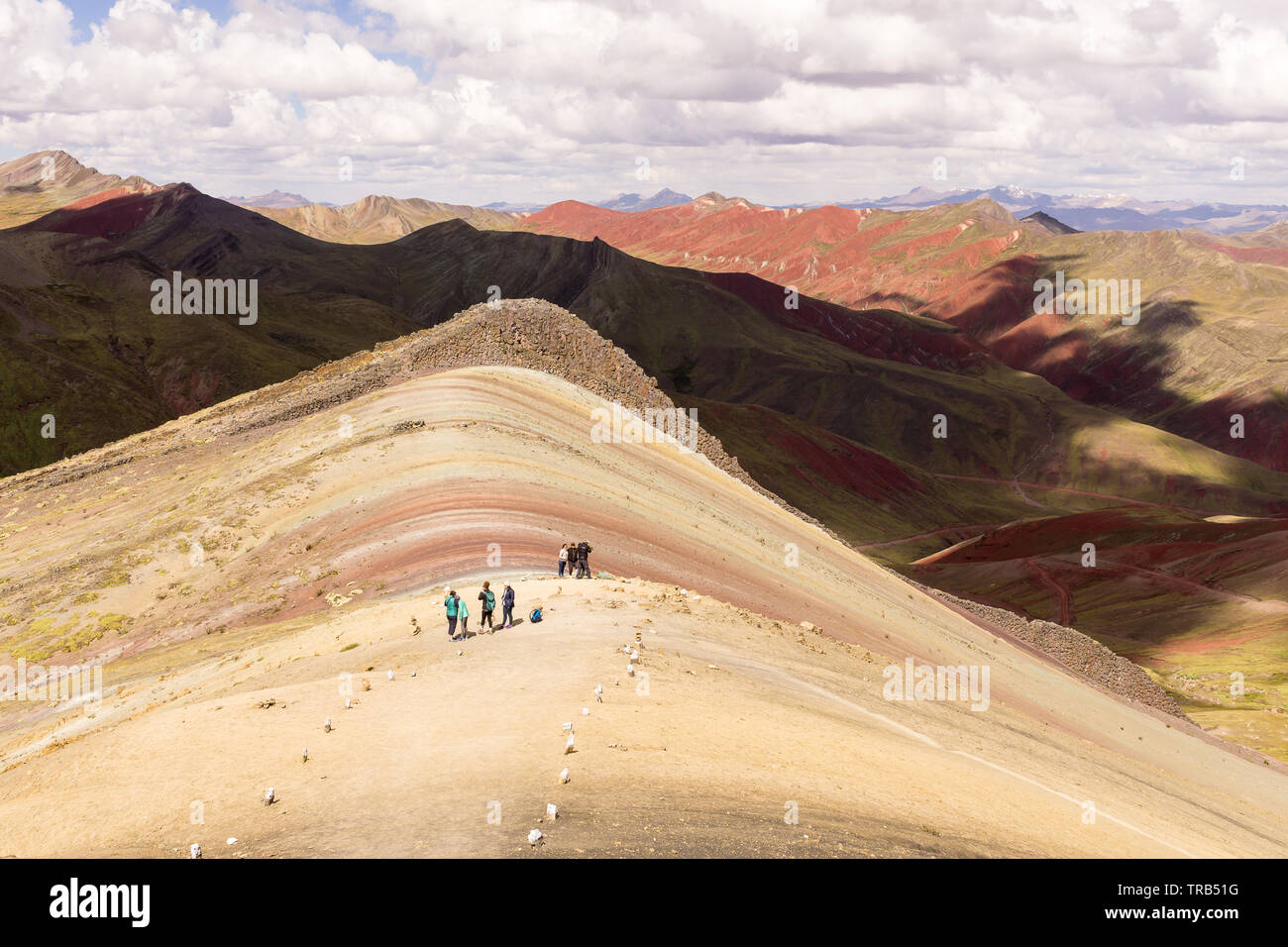 Page 3 Rainbow Mountain High Resolution Stock Photography And Images Alamy