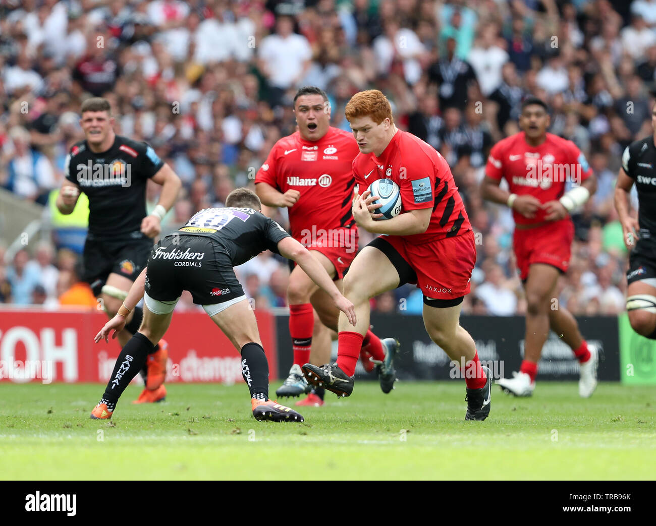 01.06.2019 Twickenham, England. Ralph Adams-Hale on the charge for Saracens during the Premiership Final 2019 game between Exeter Rugby and Saracens rfc.   © Phil Hutchinson/Alamy Stock Photo