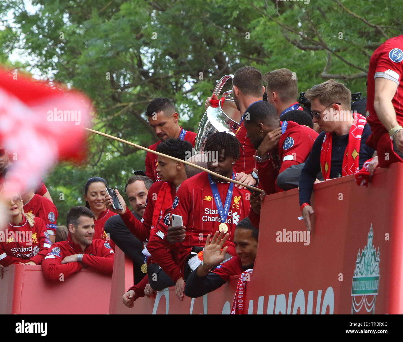 Liverpool,Uk Liverpool Fc Champions Parade through the streets of Liverpool credit Ian Fairbrother/Alamy Stock Photos - Stock Image