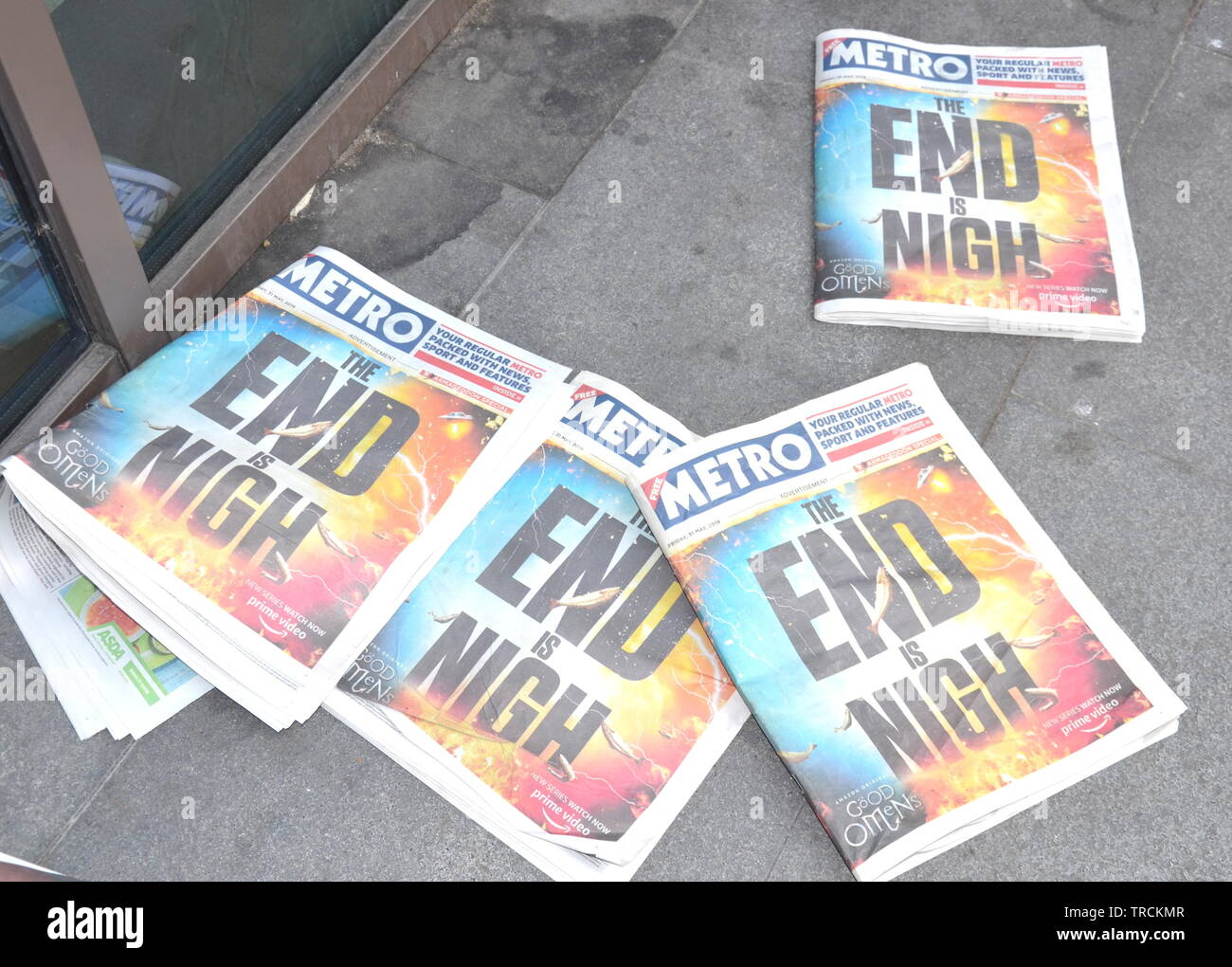 Copies of the Metro newspaper, dated May 31, 2019, with 'The End is Nigh' front page to advertise 'Good Omens' on Amazon Prime video - Stock Image