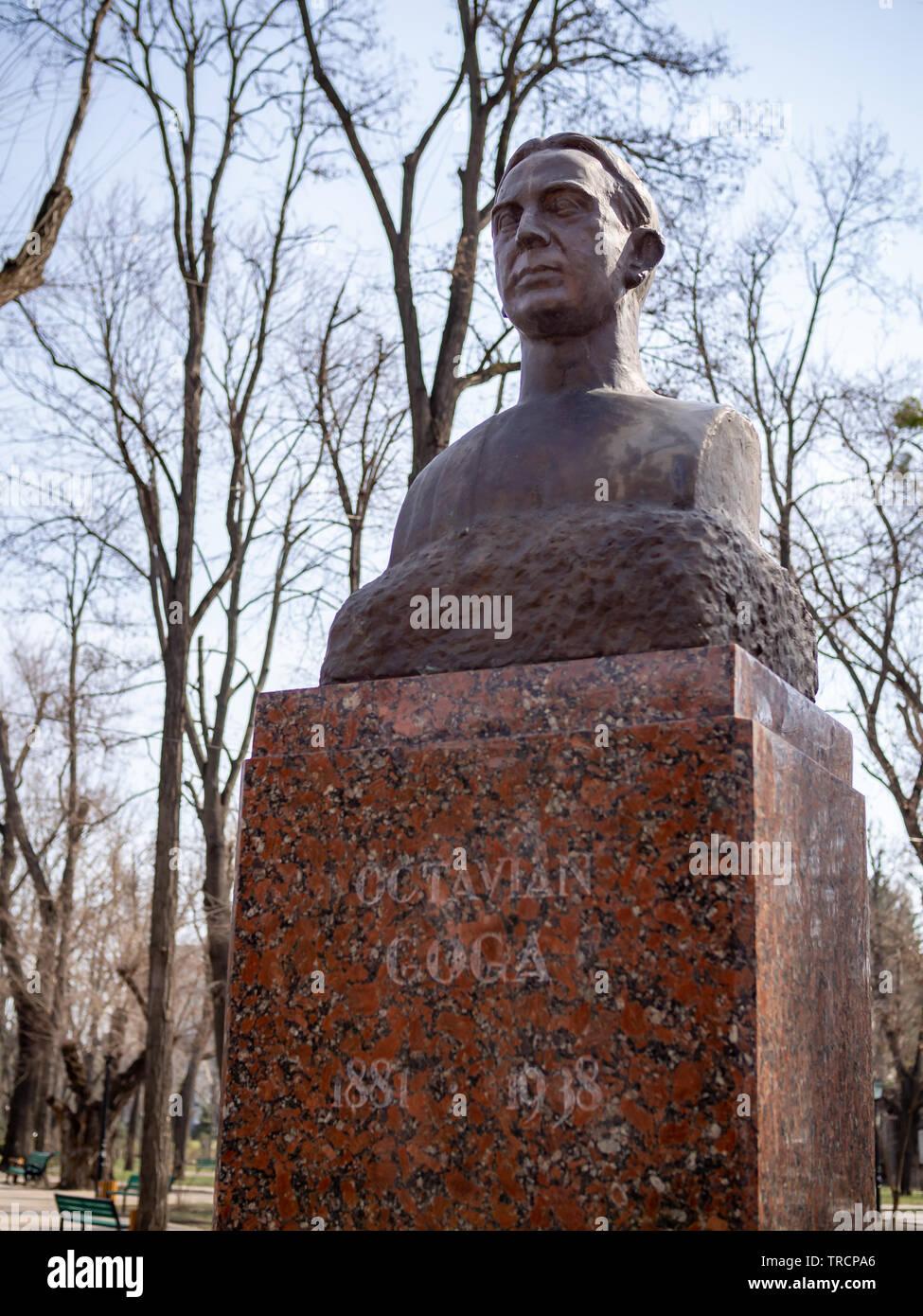CHISINAU, MOLDOVA-MARCH 21, 2019: Octavian Goga bust by Cornel Medrea in the Alley of Classics - Stock Image