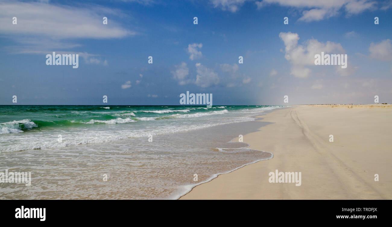 Sandstrand, Al Wusta Governorate, Oman | Al Wusta Governorate, Oman | BLWS502697.jpg [ (c) blickwinkel/AGAMI/R. Martin Tel. +49 (0)2302-2793220, E-mai - Stock Image