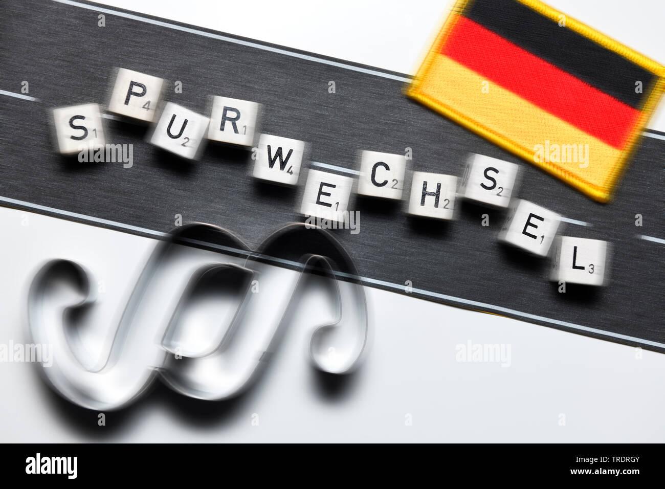 das Wort Spurwechsel gelegt mit Wuerfeln, Asylpolitik, Deutschland | lane change, Spurwechsel, asyl, Germany | BLWS509471.jpg [ (c) blickwinkel/McPHOT - Stock Image