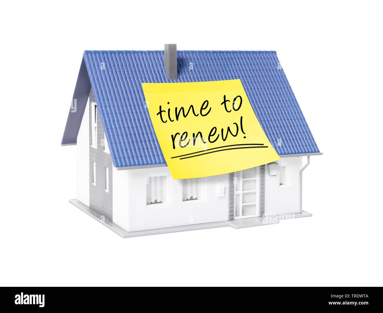 3D-Computergrafik, Alleinstehendes Einfamilienhaus mit gelbem Klebezettel mit der Aufschrift TIME TO RENEW (Zeit zu Erneuern) | 3D computer graphic, f - Stock Image