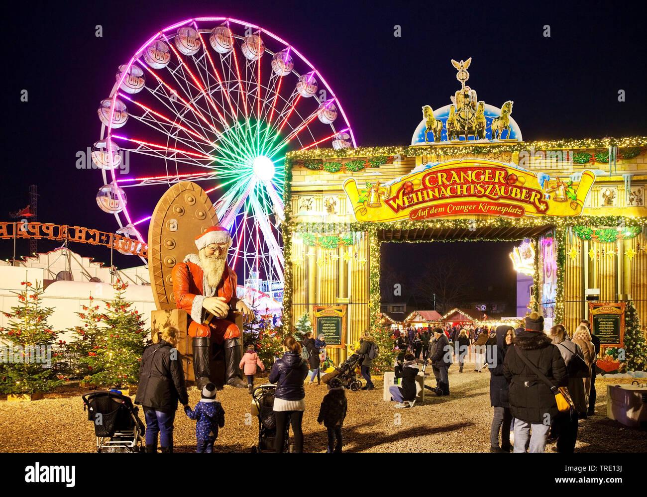 Cranger Weihnachtszauber, Deutschland, Nordrhein-Westfalen, Ruhrgebiet, Herne | Christmas kermis Crange, Germany, North Rhine-Westphalia, Ruhr Area, H - Stock Image
