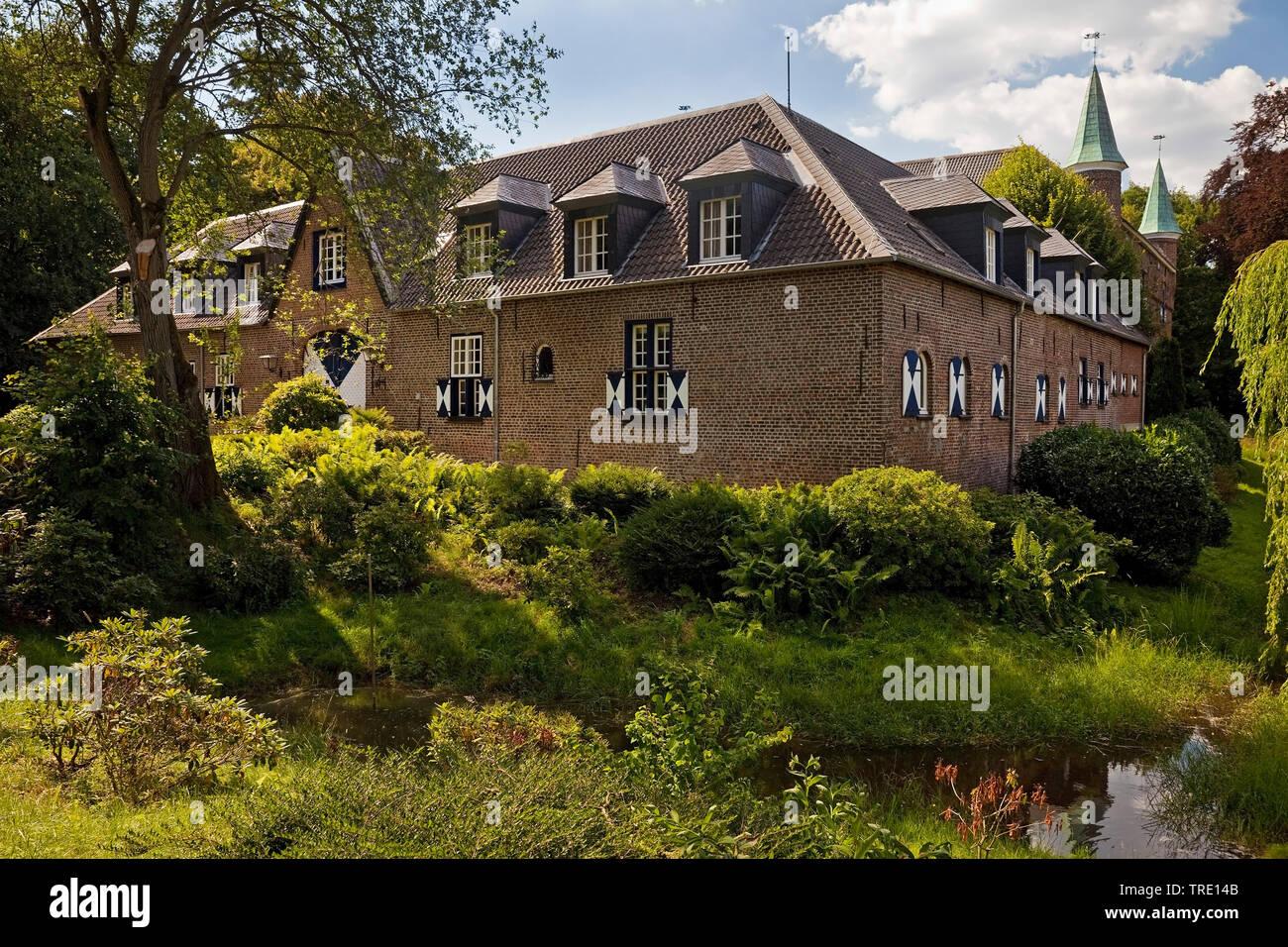 Schloss Walbeck, Deutschland, Nordrhein-Westfalen, Niederhein, Geldern | castle Walbeck, Germany, North Rhine-Westphalia, Niederhein, Geldern | BLWS51 - Stock Image