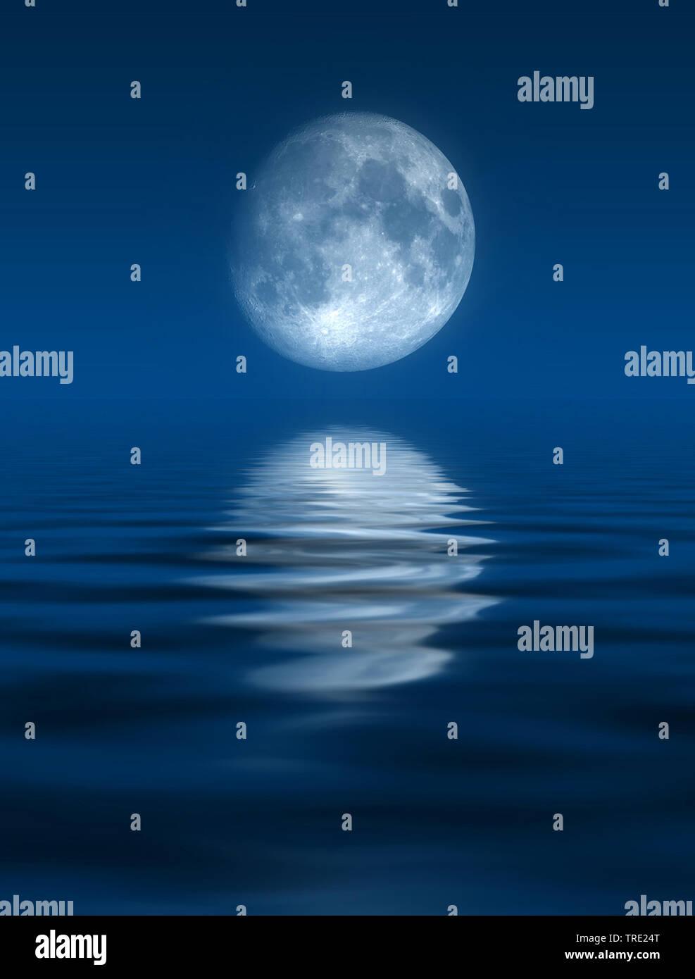 Vollmond ueber dem Meer, Computergraphik   nice and beautiful full moon over the ocean, computer graphik   BLWS515135.jpg [ (c) blickwinkel/McPHOTO/M. - Stock Image