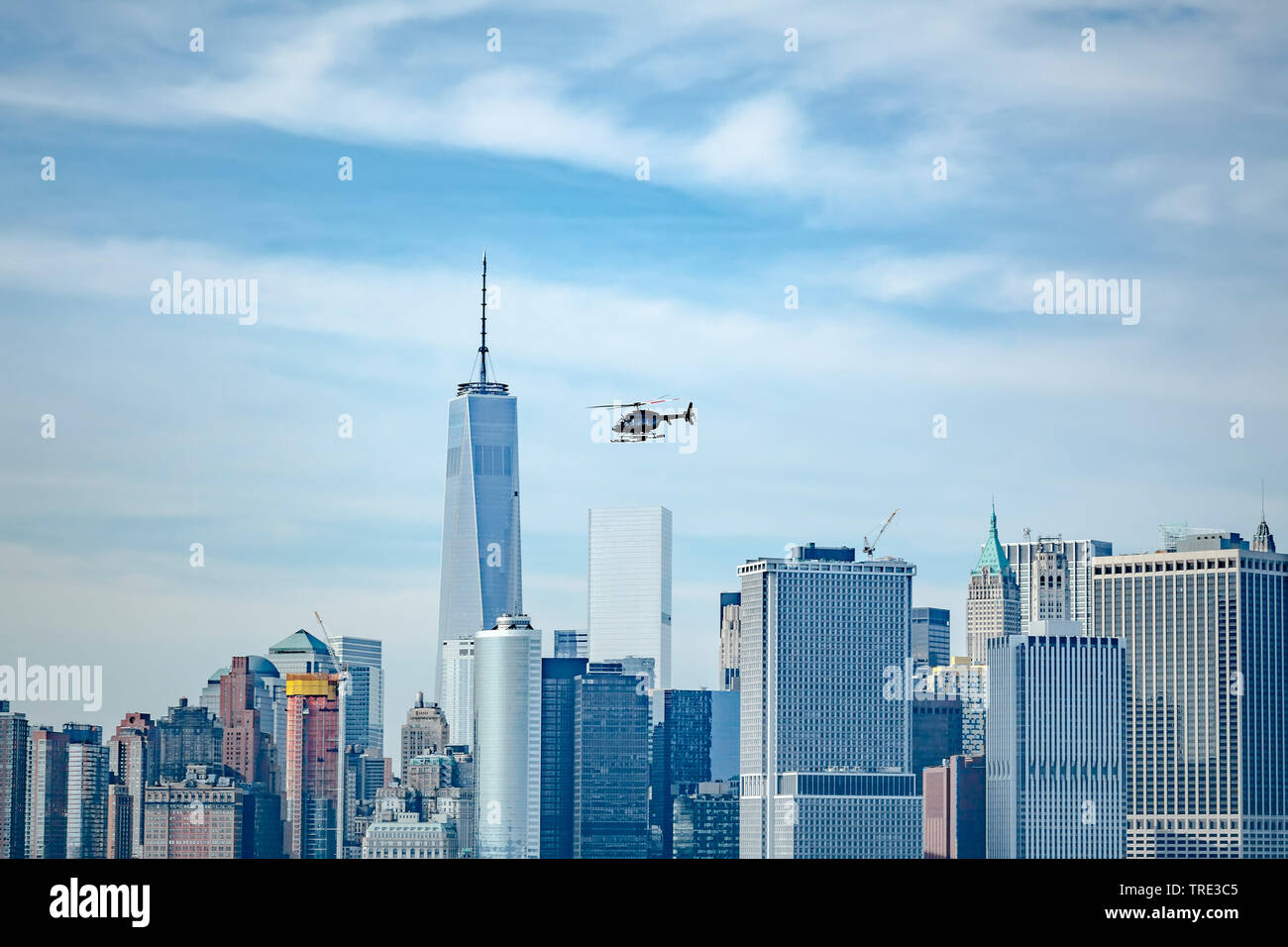 Helikopter ueber New York, One World Trade Centre, USA, New York City | helicopter over New York, One World Trade Centre, USA, New York City | BLWS516 - Stock Image