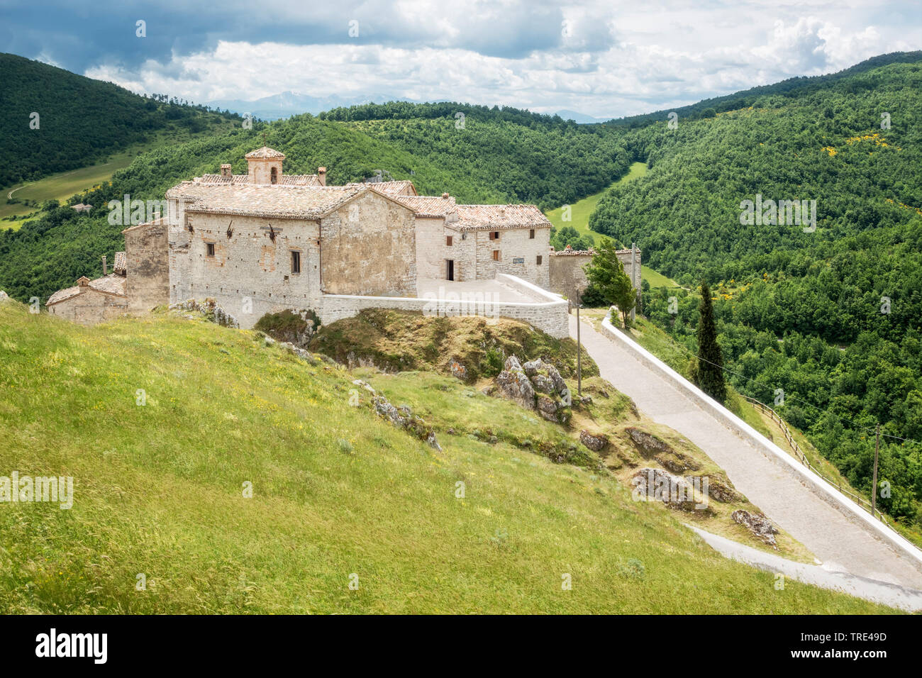 Looking over the historic mountain town of Elcito in the marche region of Italy, Italy, Marche Stock Photo
