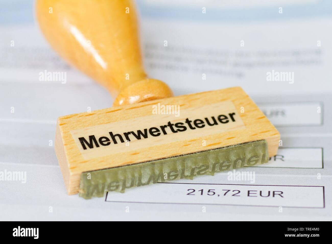Stempel mit der Aufschrift Mehrwertsteuer, Deutschland | stamp lettering Mehrwertsteuer, value added tax, Germany | BLWS517195.jpg [ (c) blickwinkel/M - Stock Image