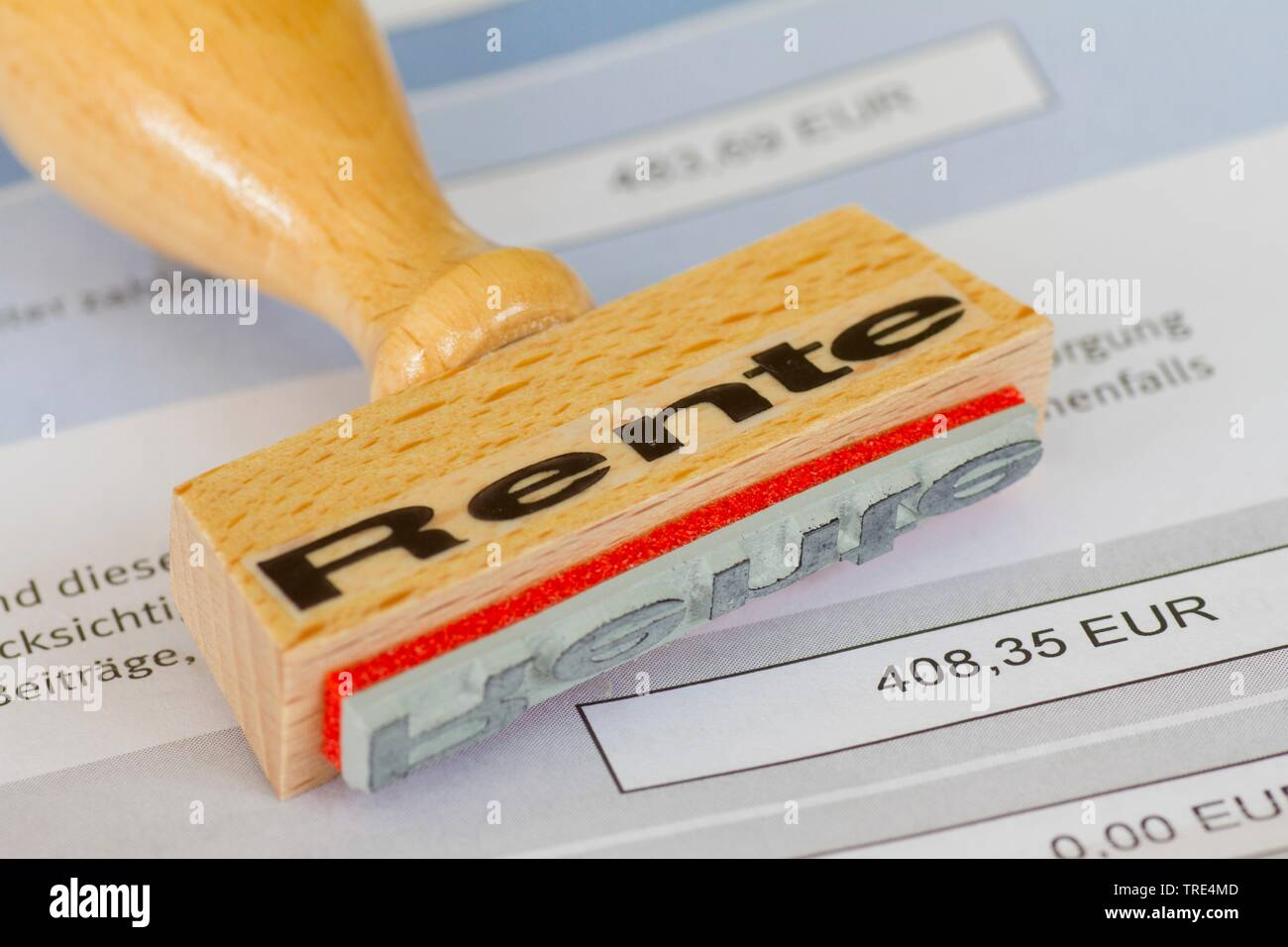 Stempel mit Aufschrift Rente, Deutschland | stamp lettering Rente, pension, Germany | BLWS517210.jpg [ (c) blickwinkel/McPHOTO/A. Pulwey Tel. +49 (0)2 - Stock Image
