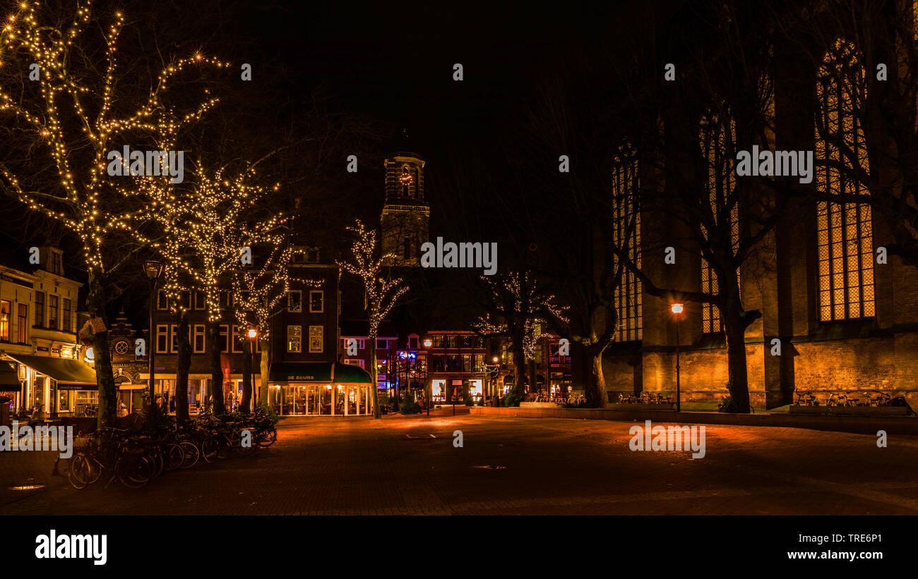 Zwolle bei Nacht, Liebfrauenbasilika, Niederlande, Overijssel, Zwolle | Zwolle at night with Church of Our Lady, Netherlands, Overijssel, Zwolle | BLW - Stock Image