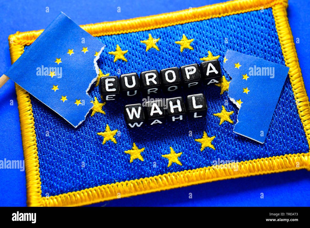 Europaeische Flagge mit Aufschrift EUROPAWAHL | European flag lettering EUROPAWAHL (European election) | BLWS521656.jpg [ (c) blickwinkel/McPHOTO/C. O - Stock Image