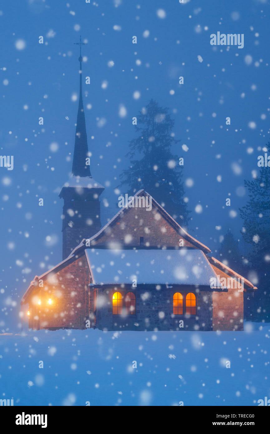 Katholische Kapelle in Kandersteg, Schweiz | catholic church in Kandersteg, Switzerland | BLWS522909.jpg [ (c) blickwinkel/P. Frischknecht Tel. +49 (0 - Stock Image