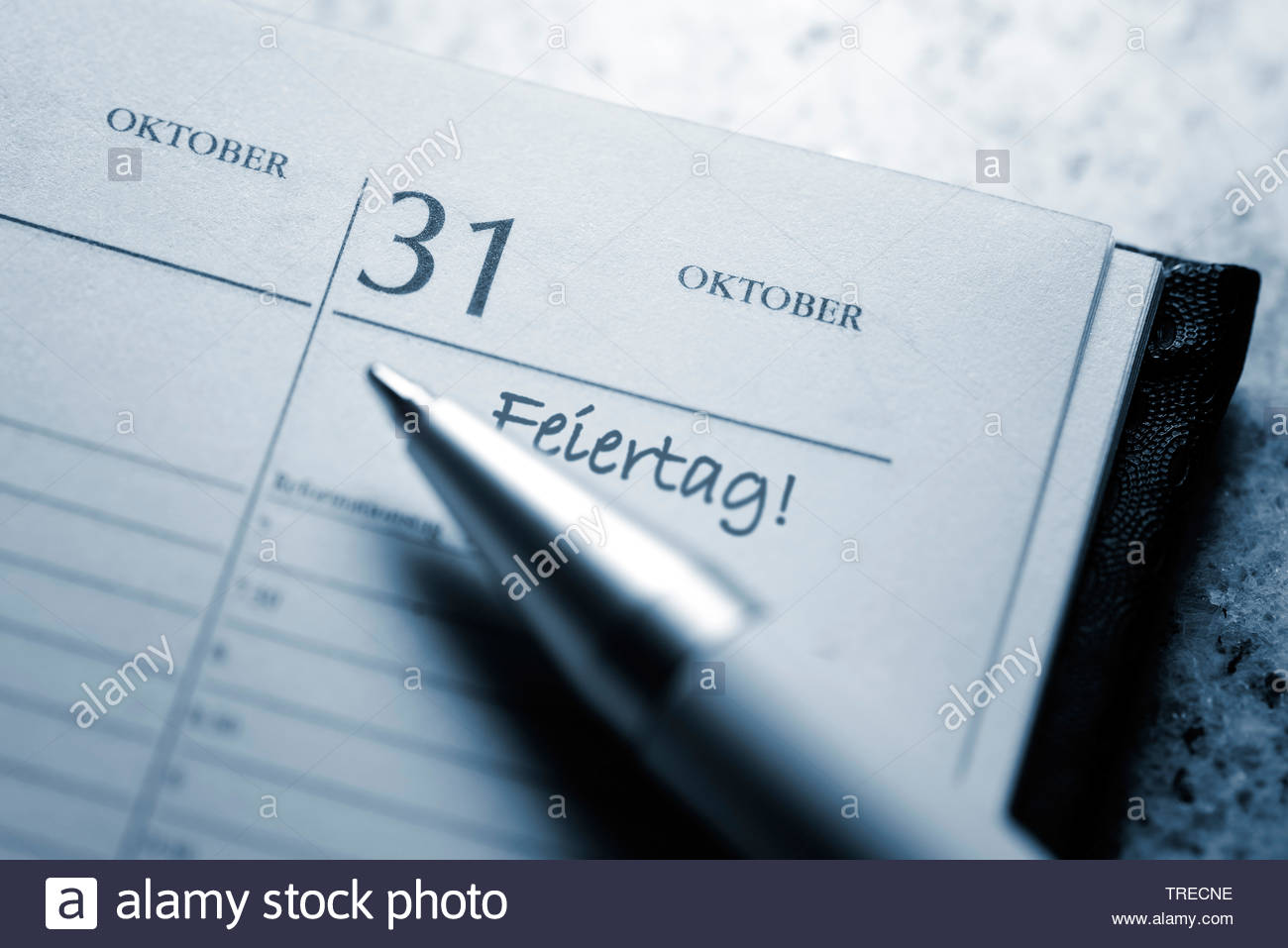 Kalenderblatt 31. Oktober 2017, gesetzlicher Feiertag, Deutschland | calendar sheet 31. October 2017, official holiday, Germany | BLWS523095.jpg [ (c) - Stock Image
