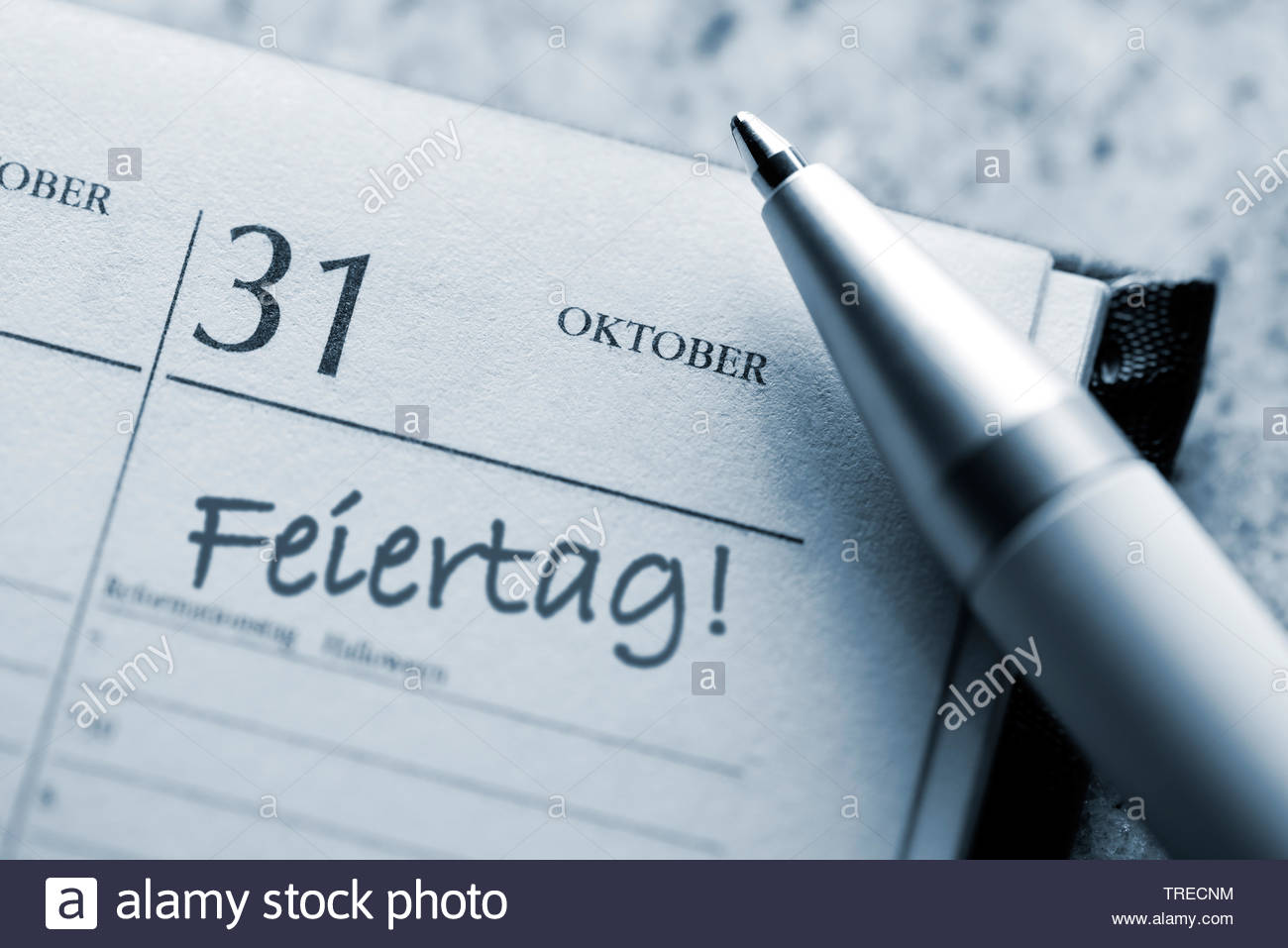 Kalenderblatt 31. Oktober 2017, gesetzlicher Feiertag, Deutschland | calendar sheet 31. October 2017, official holiday, Germany | BLWS523096.jpg [ (c) - Stock Image
