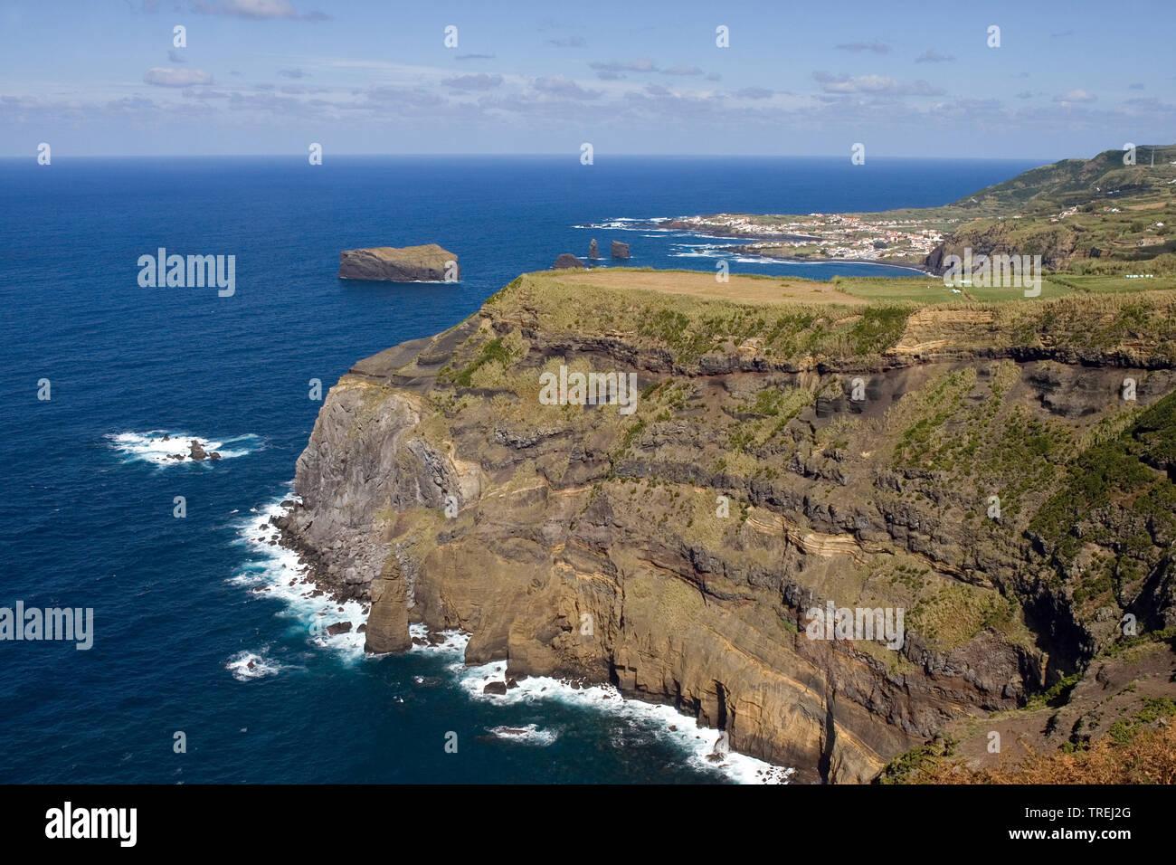 Kueste bei Mosteiros, Azoren, Sao Miguel, Mosteiros   coast near Mosteiros, Azores, Sao Miguel, Mosteiros   BLWS527259.jpg [ (c) blickwinkel/AGAMI/D. - Stock Image