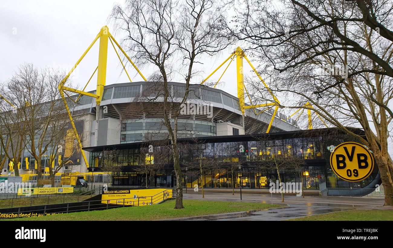 Westfalenstadion, Signal Iduna Park, groesstes Fussballstadion Deutschlands, Deutschland, NRW, Ruhrgebiet, Dortmund | Westfalenstadion, Signal Iduna P - Stock Image