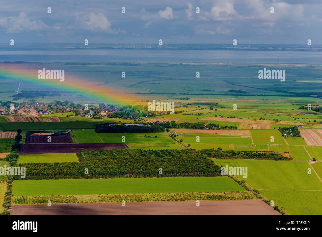 Regenbogen an der Nordseekueste in Nordfriesland, Luftbild, Deutschland, Schleswig-Holstein, Nordfriesland   rainbow over North Frisian, aerial pictur - Stock Image