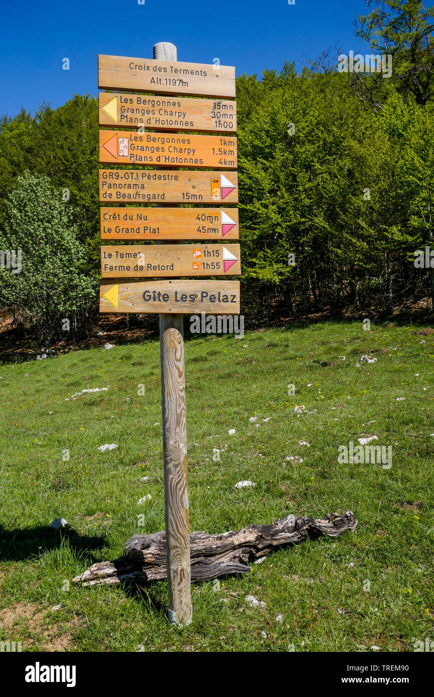 Indication plates for mountain hikers, Plateau du Retord, Southern-Jura, Ain, France - Stock Image