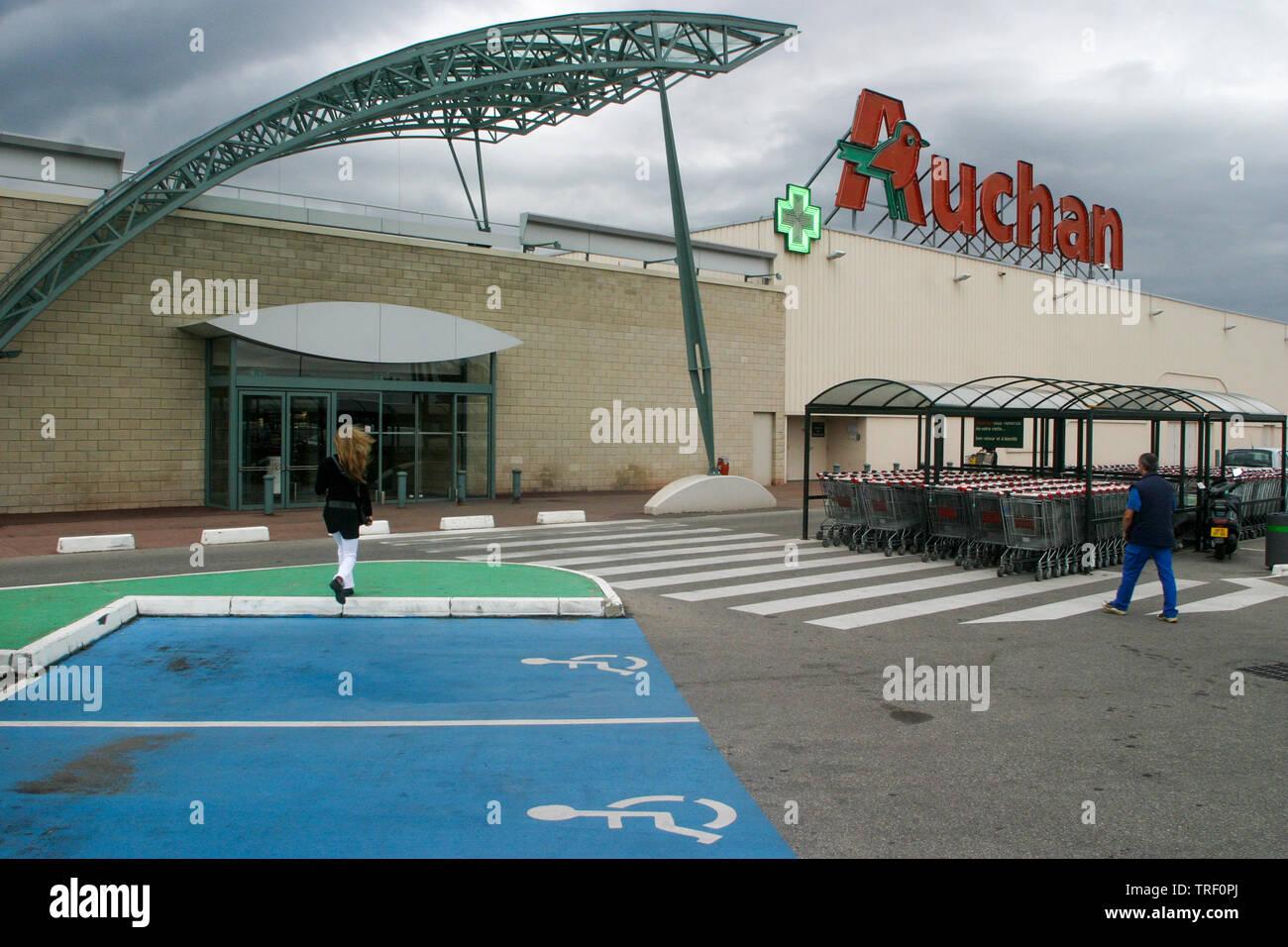 Center Parking Stock Photos Center Parking Stock Images