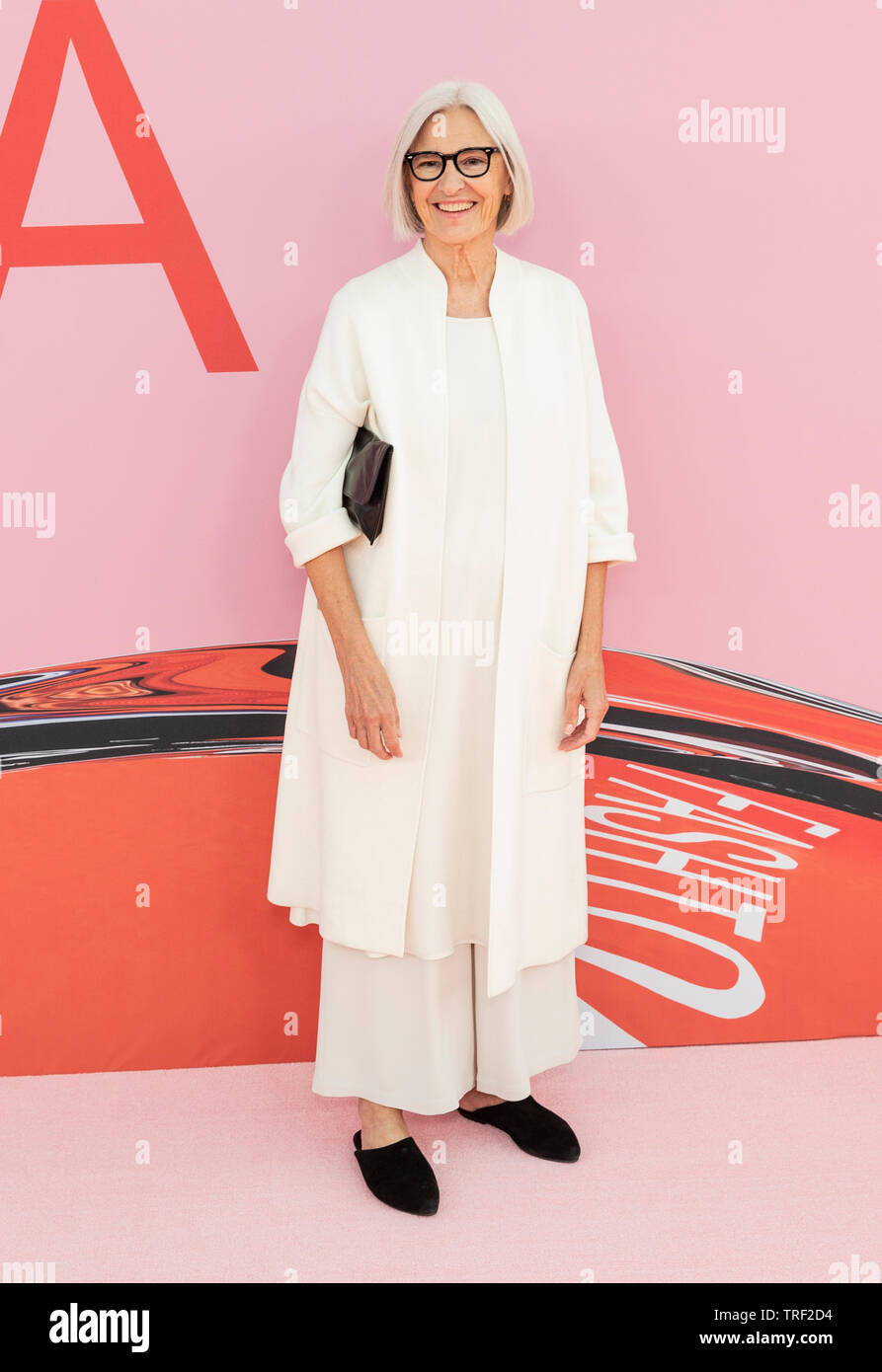 New York Ny June 3 2019 Designer Eileen Fisher Attends 2019 Cfda Fashion Awards At Brooklyn Museum Stock Photo Alamy