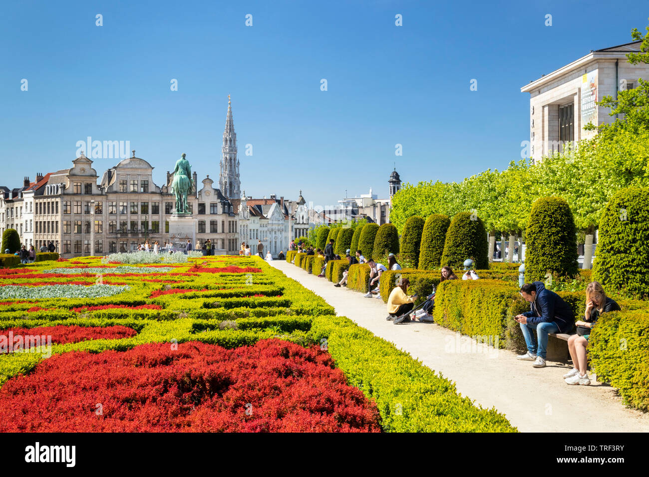 People wandering in the gardens of the Mont des Arts Garden Kunstberg brussels Belgium Eu Europe Stock Photo