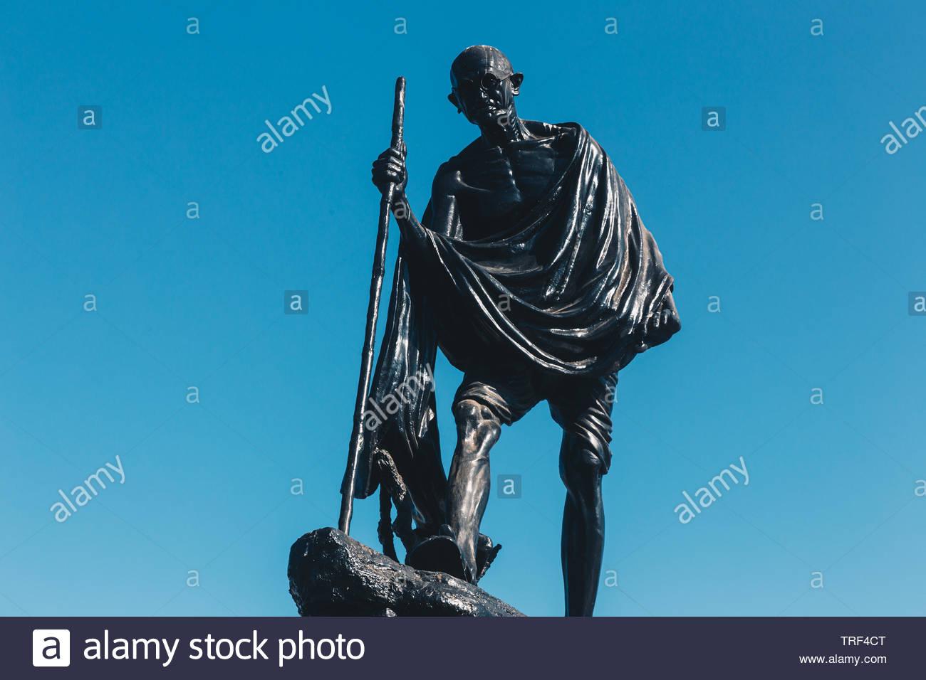Mahatma Gandhi Statue in Chennai, India - Stock Image
