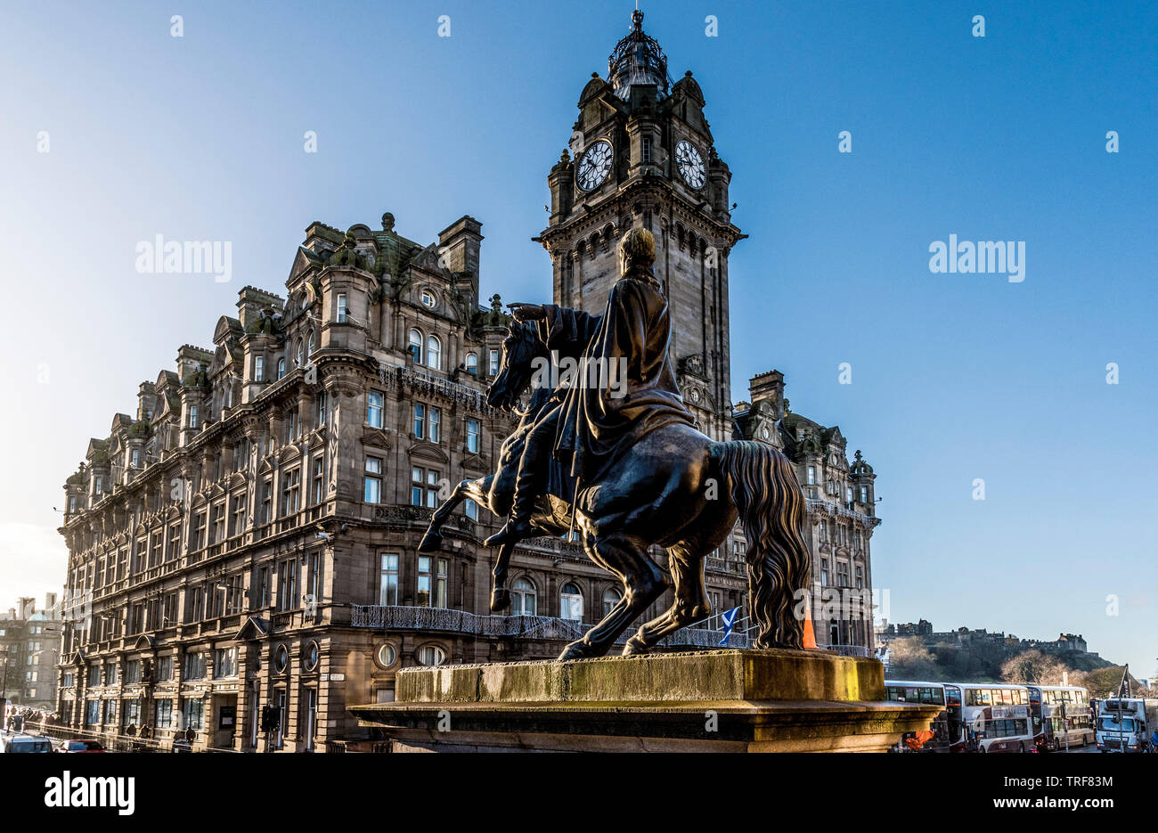 Duke of Wellington statue, Waterloo Place with Balmoral Hotel - Stock Image