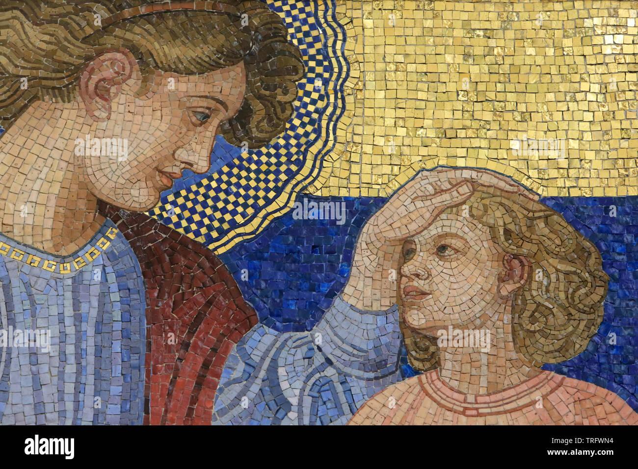 Ste. Anne. Mosaic by Rudolf Jettmar (1869-1939). Steinhof Church built by Otto Wagner between 1902 and 1907. Vienne. Autriche. Stock Photo