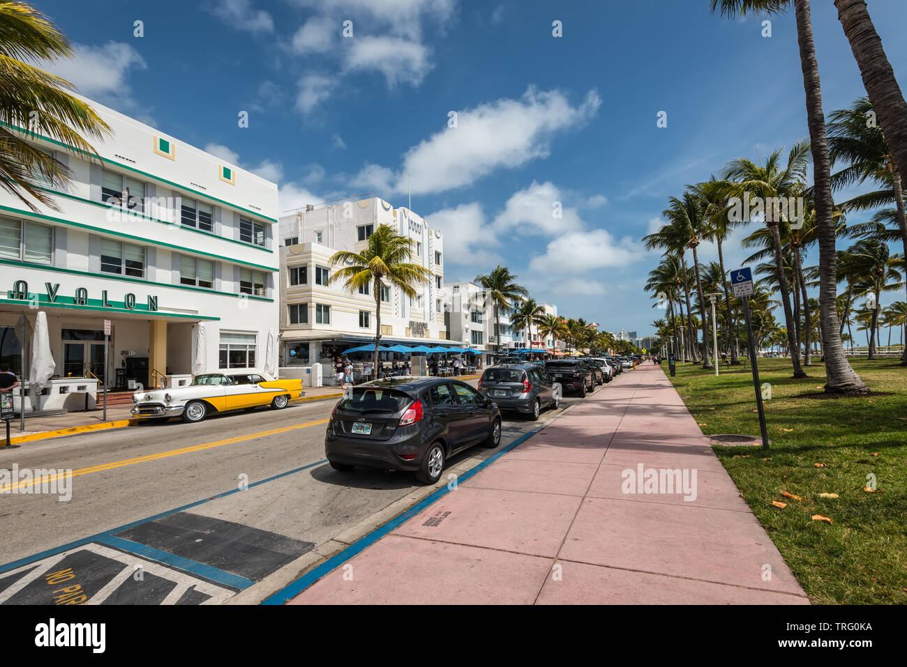Miami Fl Usa April 19 2019 Street Life At The