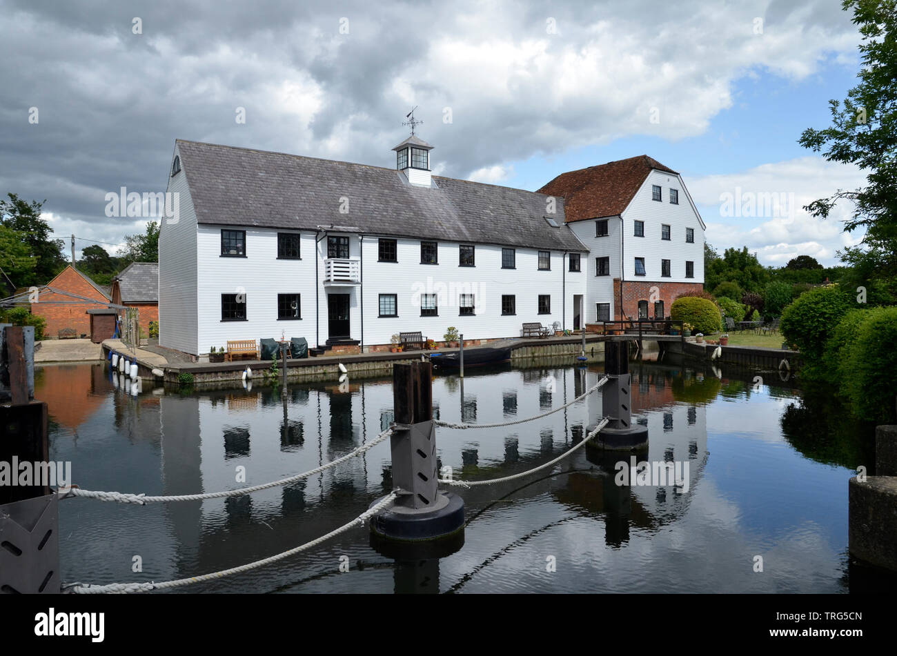 Hambleden Mill, a mill and river weir complex on the River Thames on the Buckinghamshire/Berkshire border near Henley. - Stock Image
