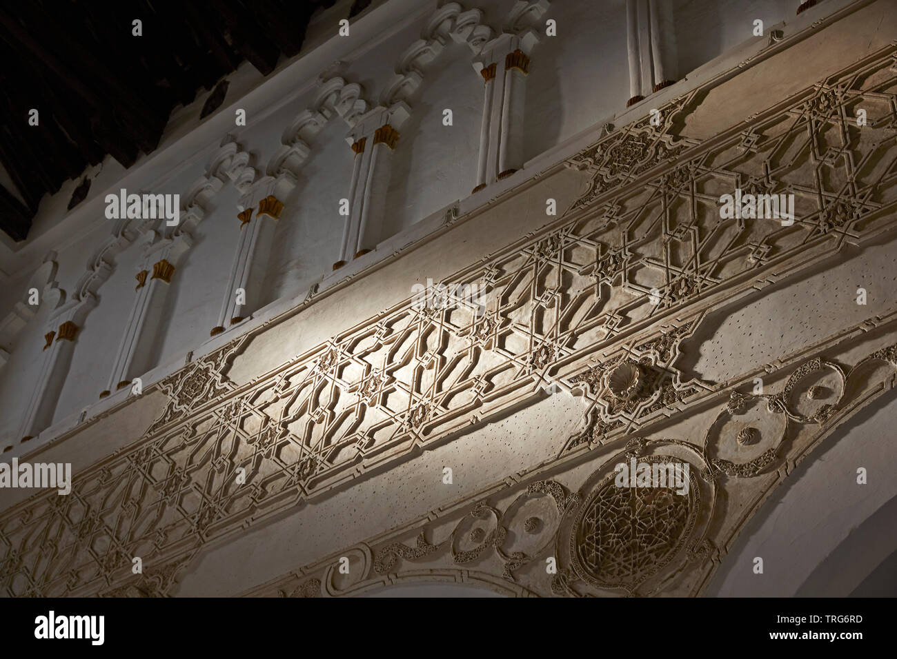 Wall Carvings in the historic 'Sinagoga de Santa Maria La Blanca' in Toldeo, built 1200 is considered the oldest synagogue building in Europe - Stock Image