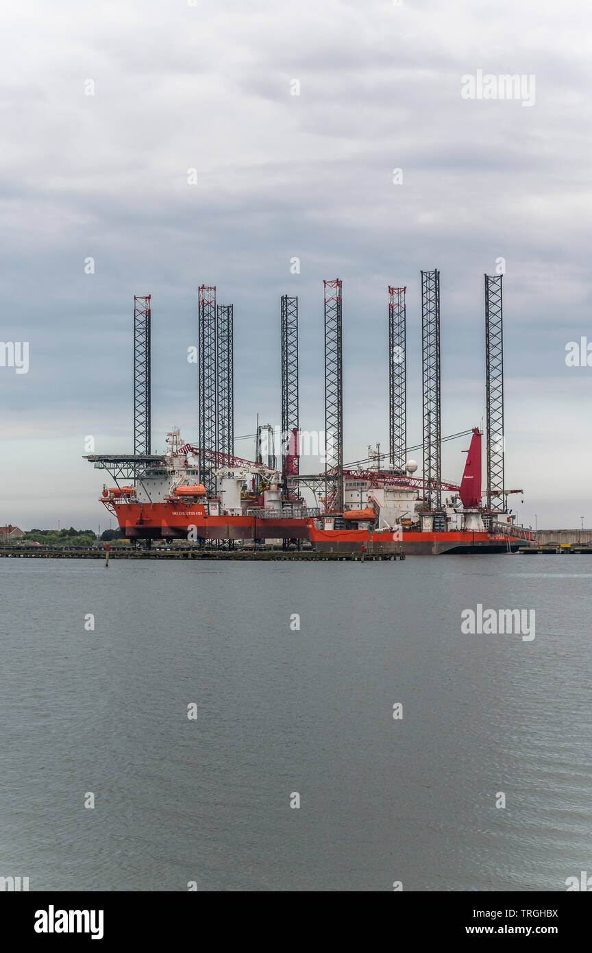 GMS Endurance 6101 and GMS Evolution 6104 offshore supply ships - Stock Image