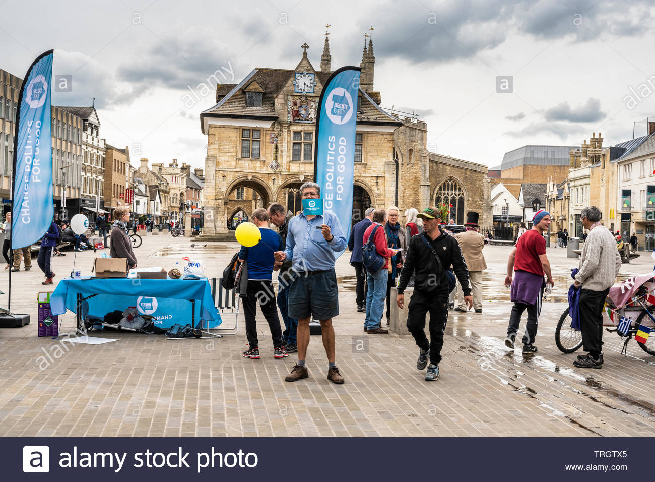 The Brexit Party campaign for the June 2019 Parliamentary by-election in Cathedral Square, Peterborough Stock Photo