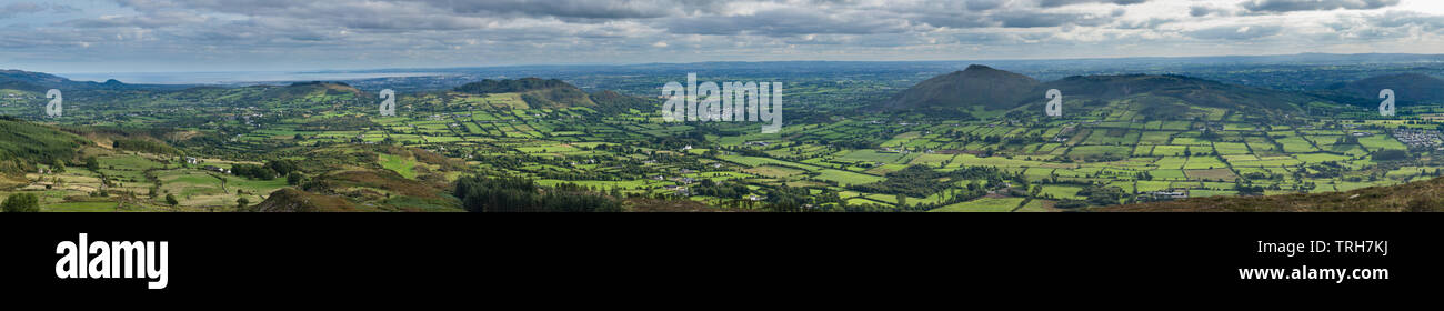 The border country and Ring of Gullion from Slieve Gullion, Co Armagh, Northern Ireland - Stock Image