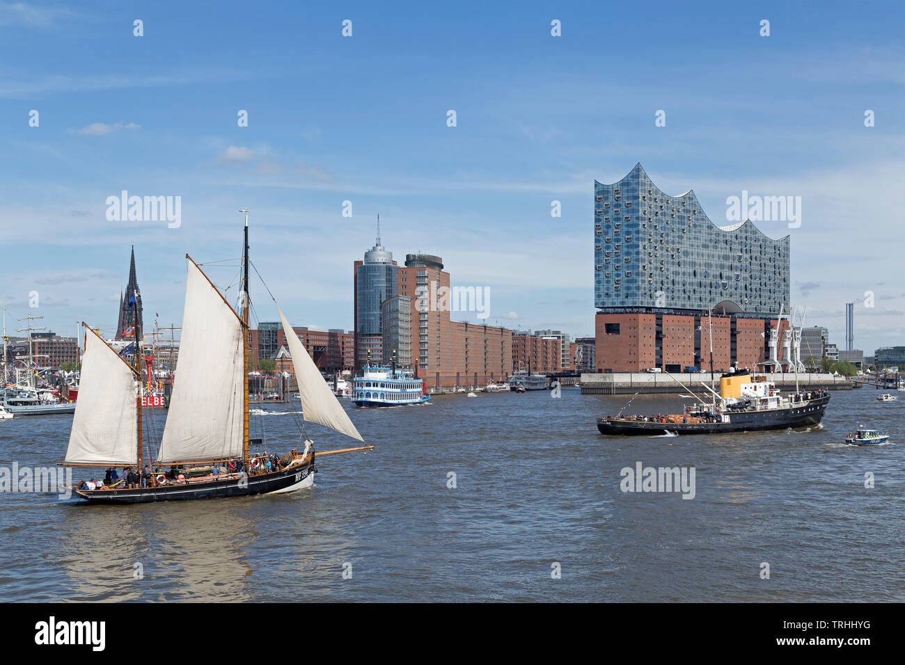 sailing boat in front of Elbe Philharmonic Hall, 830. Harbour Birthday, Harbour, Hamburg, Germany - Stock Image