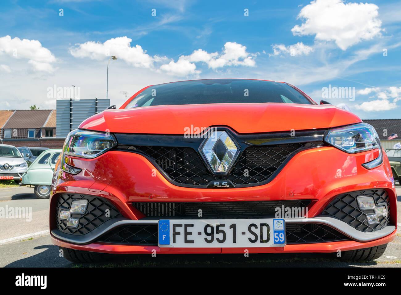 Frontverkleidung Renault