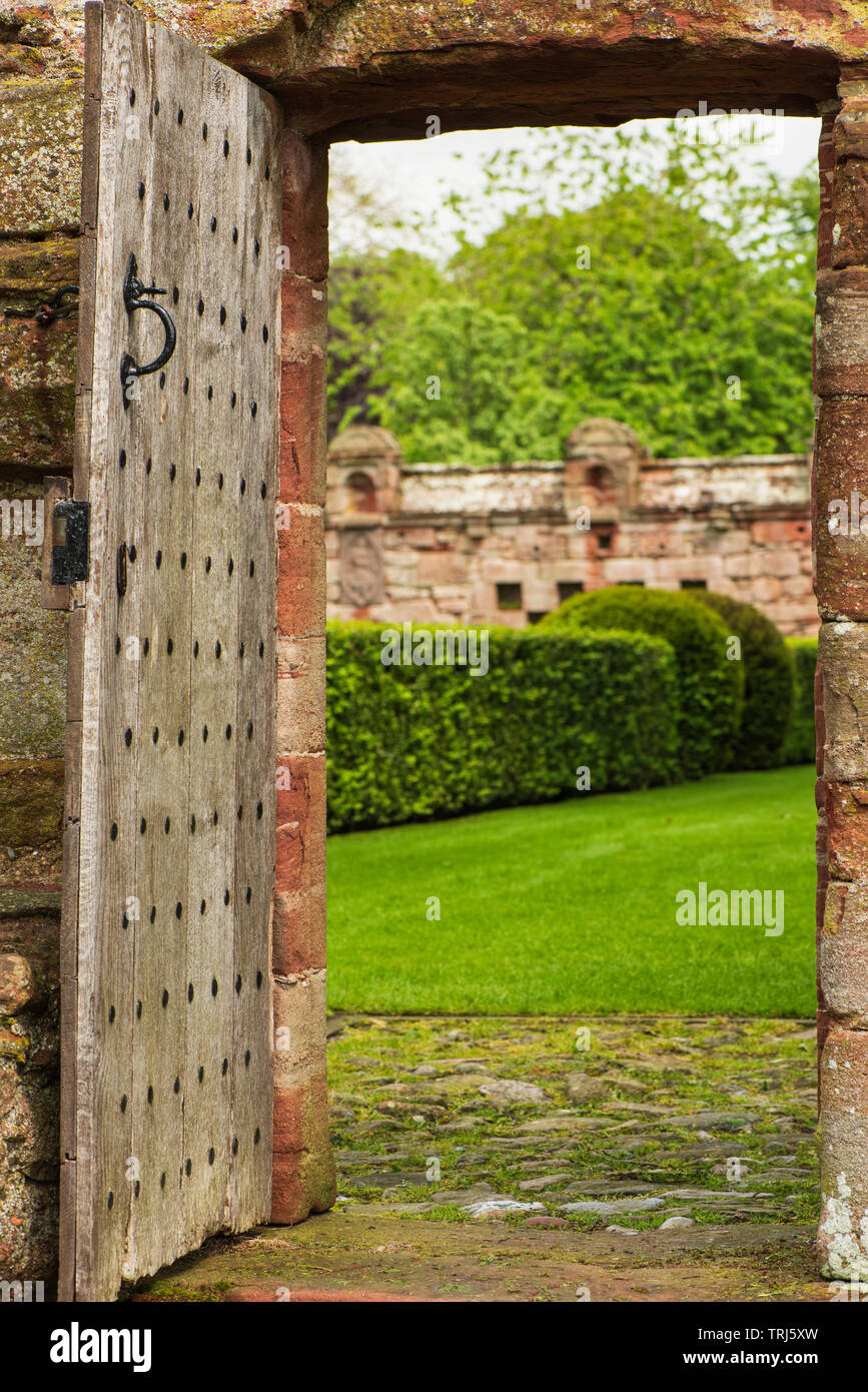 Edzell Castle, Angus, Scotland. The elaborate walled garden was created in 1604. - Stock Image