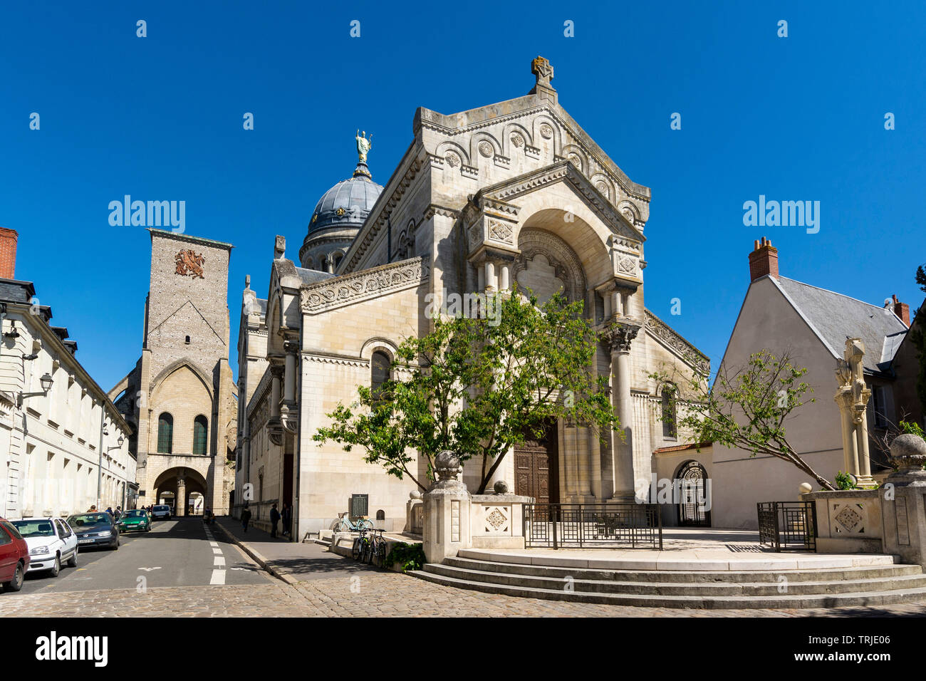 Tours city, Charlemagne Tower and Basilique Saint Martin built to pay tribute to Saint Martin, Indre et Loire, Centre Val Loire, France - Stock Image