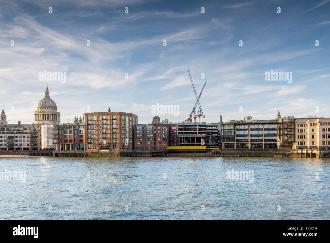 Thames Riverside, City of London, in the evening - Stock Image