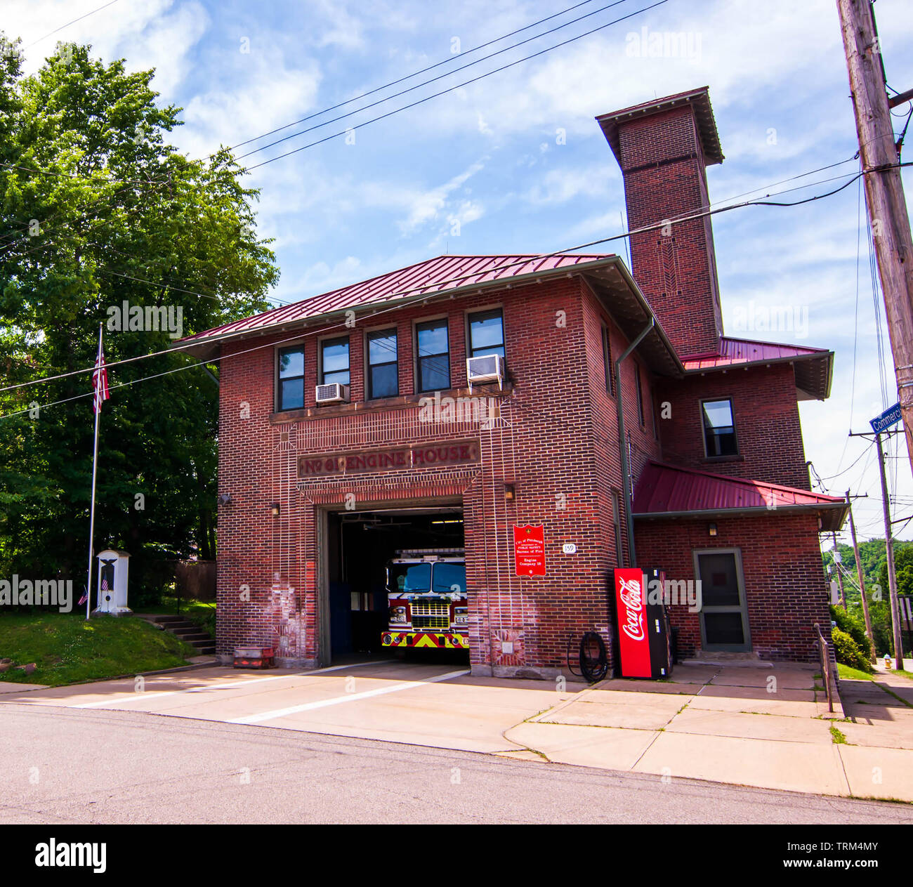 Pittsburgh Bureau of Fire Engine House 19 located in the Swisshelm Park neighborhood, formerly House 61 in Pittsburgh, Pennsylvania, USA Stock Photo