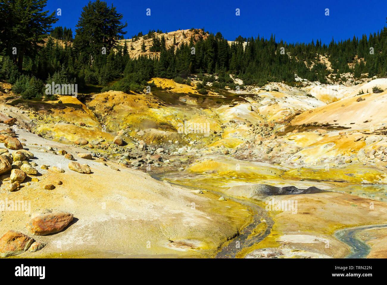 Thermal Pool in Bumpas Hell, Lassen Volcanic National Park, California - Stock Image