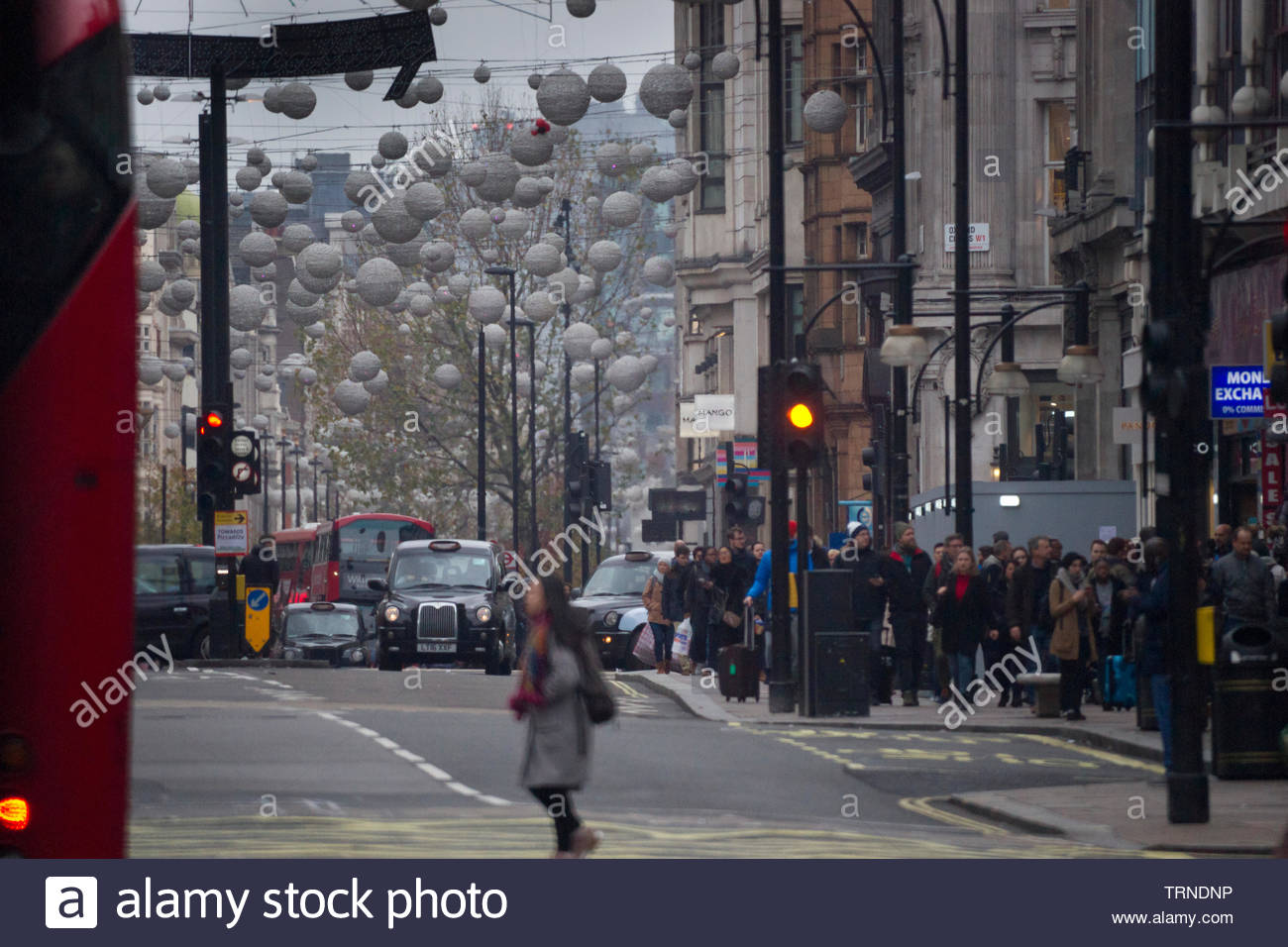 Europe, UK, London, 2018: View Of Oxford Street Sunday Shoppers - Stock Image