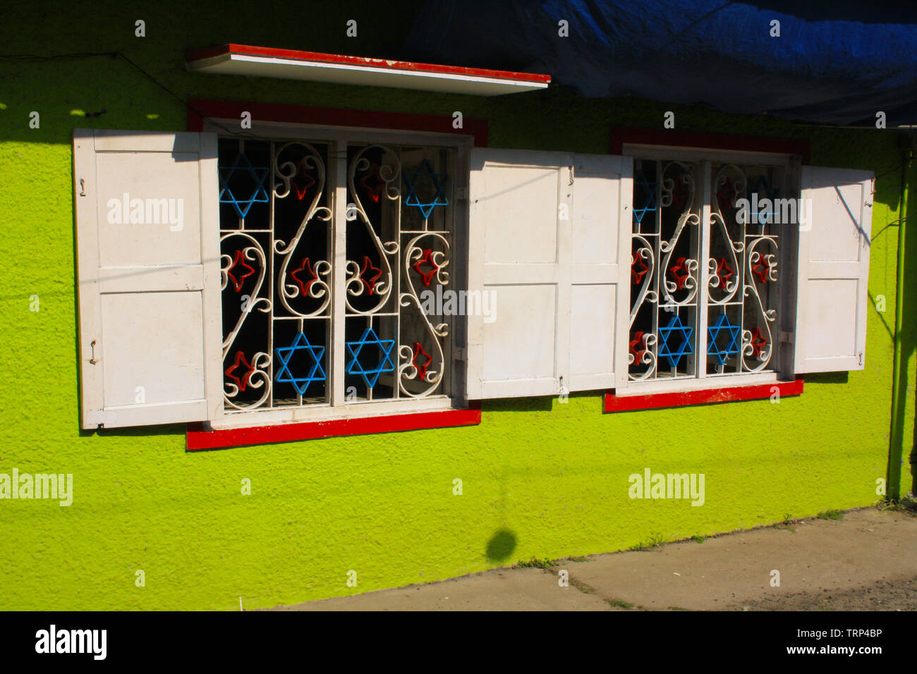Jewish Star wrought iron window designs in Jewtown the oldest Jewish community in Cochin (Kochi) Kerala India - Stock Image
